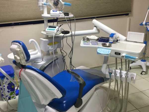معدات عيادات الاسنان