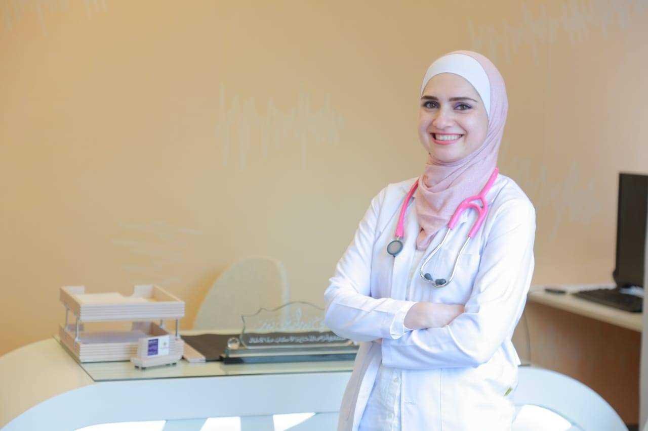 احجز مع دكتورة مي بدر استشاري اطفال وحديثي الولادة | فيزيتا